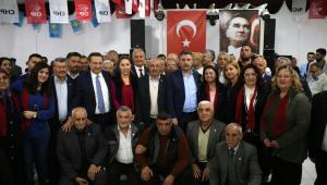 Bayraklı Ak Parti'den CHP'ye 1249 Katılım
