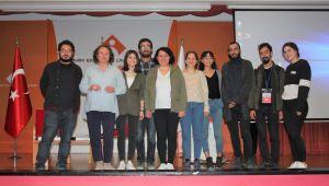 Dikmen: Türkiye dünyanın en büyük gazeteci hapishanesi