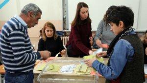 Tunceli'de 'komünist başkan' kazandı