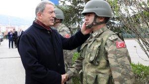 """''10 bin civarında PKKYPG'li teröristin olduğunu biliyoruz"""""""
