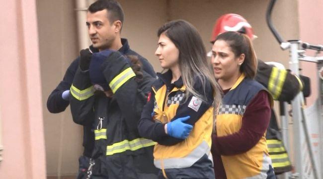 9 katlı binanın çatısına çıkan çocuk ekipleri seferber etti