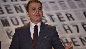 """AK Parti Sözcüsü Çelik: """"Hesap makinesiyle gezeceğinize Anayasa ile gezin"""""""
