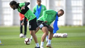 A.Konyaspor'da Galatasaray mesaisi sürüyor