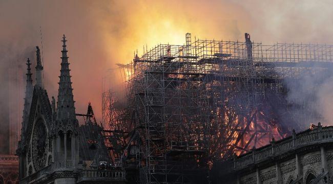 Almanya'da Notre Dame seferberliği