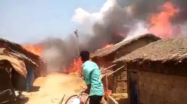 Arakanlı Müslümanların yaşadığı kampta yangın
