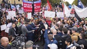 """Avustralya'da işçilerden protesto: """"Kuralları değiştir"""""""