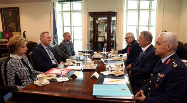 Bakan Akar ABD Savunma Bakanı Vekili Shanahan ile görüştü
