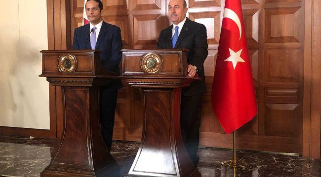 Bakan Çavuşoğlu, Katarlı mevkidaşıyla bir araya geldi
