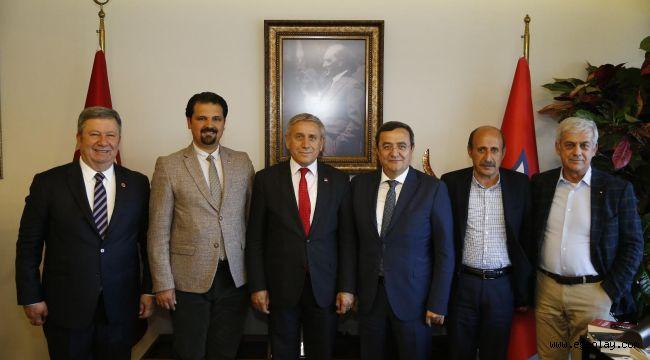 Başkan Batur'a Genel Başkan Yardımcısı Kaya'dan tebrik ziyareti