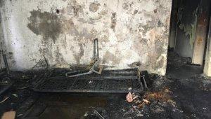 Bir aile yanmaktan son anda kurtarıldı