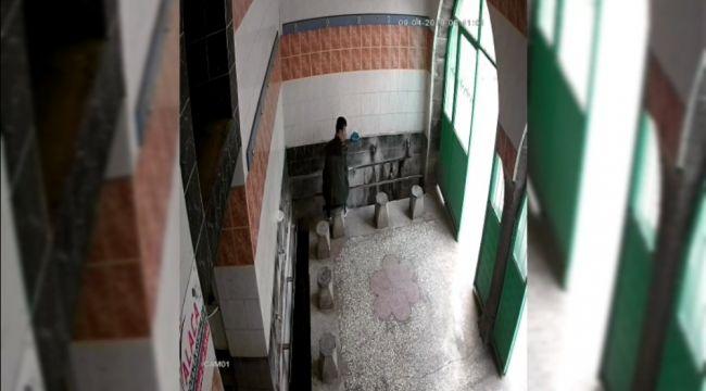 Camiye girip muslukları böyle çaldı