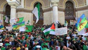Cezayir'deki protestolarda 180 kişi gözaltında