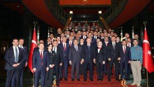 Cumhurbaşkanı Erdoğan, polislerin bayramını kutladı