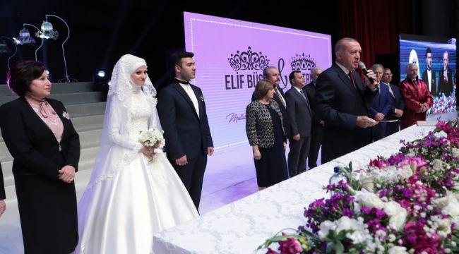 Cumhurbaşkanı Erdoğan,Bozdağ çiftinin nikah şahidi oldu