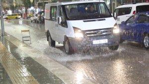 Elazığ'da kuvvetli yağış etkisini gösteriyor