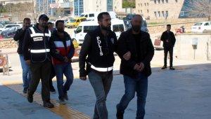 Elazığ'da PKKYPG dperasyonu: 6 gözaltı