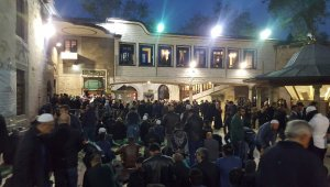 Eyüp Sultan Camii'nde Berat Kandili coşkusu