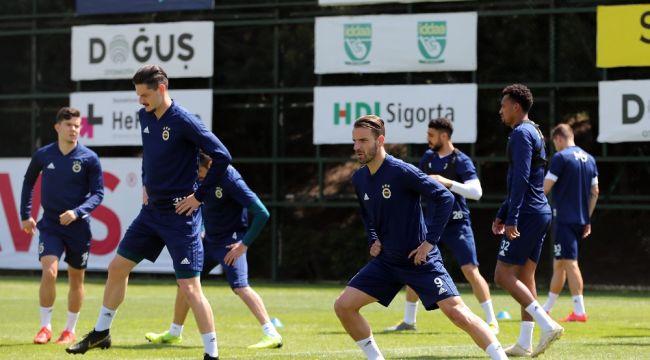 Fenerbahçe, Trabzonspor maçı hazırlıklarını sürdürdü