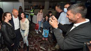Foça Belediye Başkanı Fatih Gürbüz, 24. İzmir Kitap Fuarı'nın açılışına katıldı…