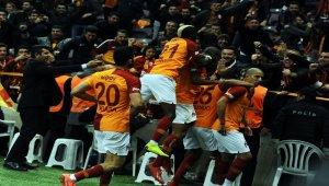 Galatasaray evindeki seriyi 33'e çıkardı