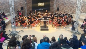 Göbeklitepe'de çocuk orkestrasından senfoni konseri