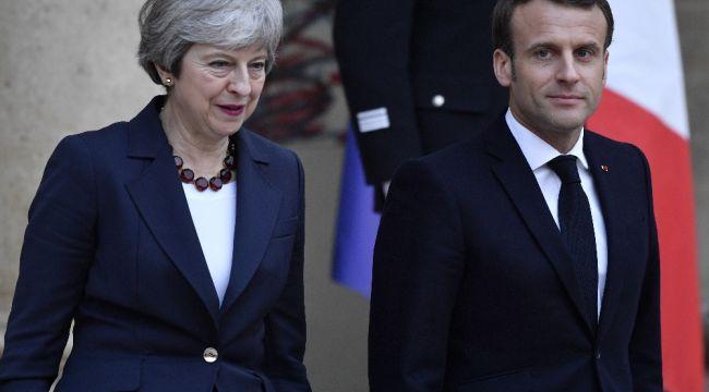 İngiltere Başbakanı May, Fransa Cumhurbaşkanı Macron ile görüştü