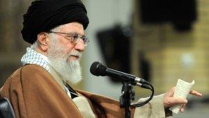 """İran Dini Lideri Hamaney: """"İstediğimiz kadar petrol satarız"""""""