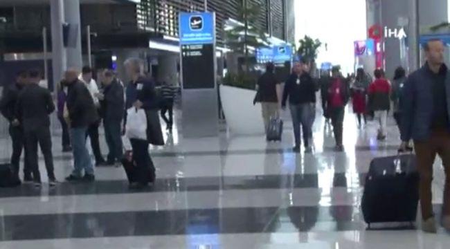 İstanbul Havalimanı'ndan ilk tarifeli uçak Ankara'ya hareket etti