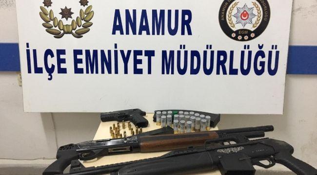 Kaçak kazı yapan 8 kişi yakalandı