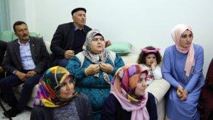 Kayaalp'in ailesi şampiyonluk maçını heyecanla izledi