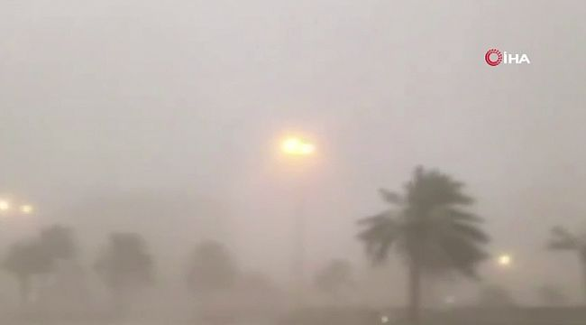 Kuveyt'te kum fırtınası hayatı felç etti