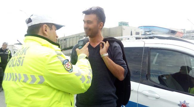 Makas atan sürücü polise yakalandı