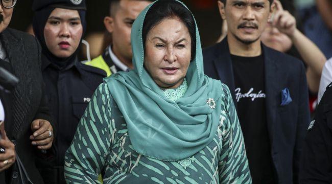 Malezya'nın eski First Lady'sine yolsuzluk suçlaması