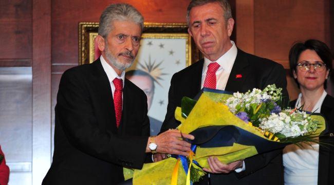Mansur Yavaş, Mustafa Tuna'dan görevi devraldı