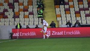 Martin Linnes, 100. maçında gol attı