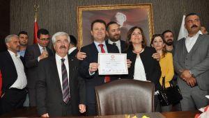 Menemende Serdar Aksoy görevi devraldı