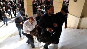 Operasyonda gözaltına alınan 58 polis adliyeye sevk edildi