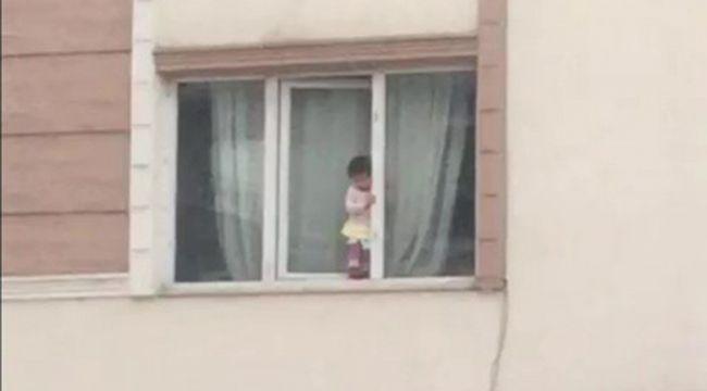 Pencereye çıkan çocuk yürekleri ağza getirdi