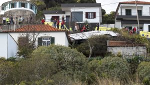 Portekiz'de otobüs devrildi :28 kişi öldü