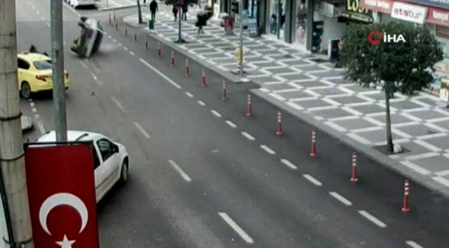 Şanlıurfa'daki zincirleme kaza güvenlik kamerasına yansıdı