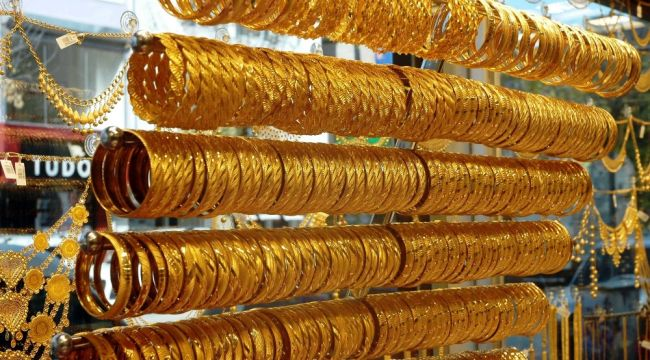 Serbest piyasada çeyrek altın 389 lira oldu