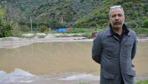 Söke'de Kisir Çayı yine taştı, ekili araziler zarar gördü