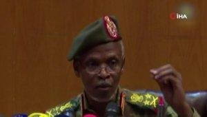 """Sudan Askeri Geçiş Konseyi: """"Beşir'i iade etmeyeceğiz"""""""