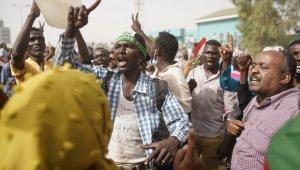 Sudan halkı cuntayı istemiyor
