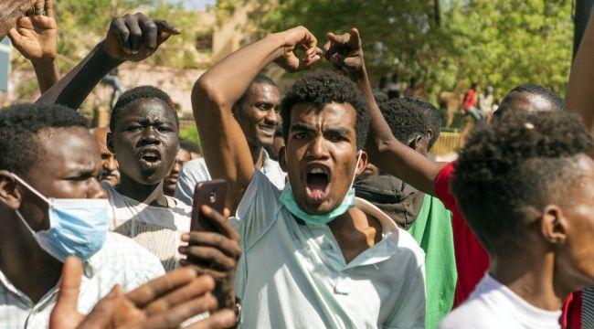 Sudan'daki eylemlerde 2 kişi daha öldü
