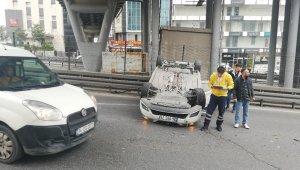 Takla atan araç trafiği durma noktasına getirdi