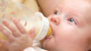 Ukrayna'nın 'ilk anne sütü bankası' açıldı