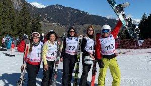 Uluslararası Gazeteciler Kayak Şampiyonası Fransa'da yapıldı