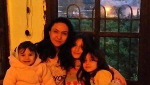 Üzerine salıncak devrilen 5 yaşındaki kız hayatını kaybetti