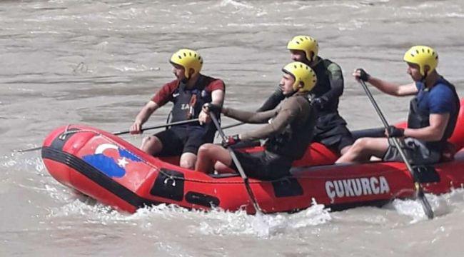 Zap Rafting Takımı şampiyonluk yolunda